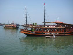 Djonker i Ha Long Bay